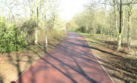 Redway 'Super Routes' to be created for Cyclists